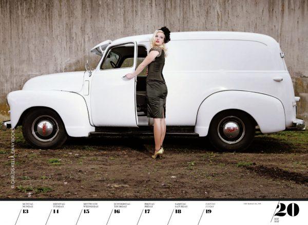 Girls & legendary US-Cars 2013 Wochenkalender von Carlos Kella mit 52 Kalenderblättern, 19 Models und 37 US-Oldtimern. Limitiert