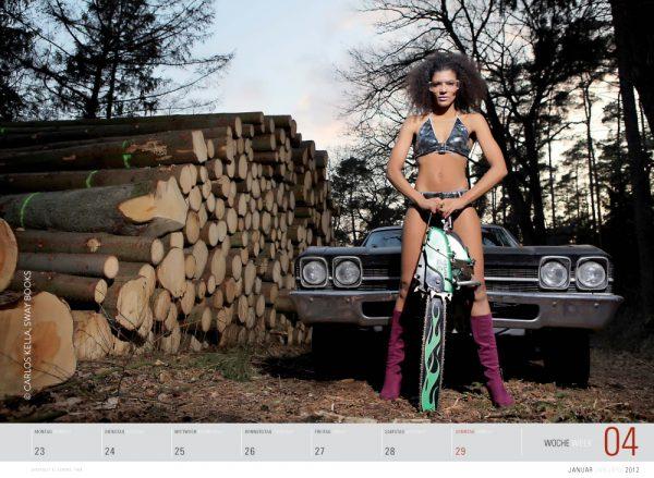Girls & legendary US-Cars 2012 Wochenkalender von Carlos Kella mit 52 Kalenderblättern, 17 Models und 34 US-Oldtimern. Limitiert