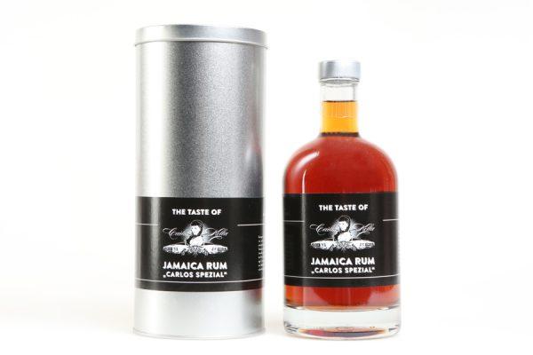 """The Taste of Carlos Kella Jamaica Rum """"Carlos Spezial"""" 43% VOL. / 0,5 Liter- Flasche in dekorativer Geschenkdose Hergestellt und von Hand abgefüllt in Hamburg"""