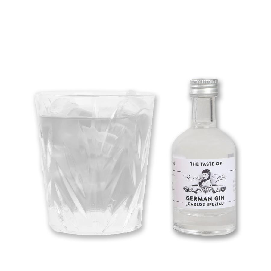 """The Taste of Carlos Kella: German Gin """"Carlos Spezial"""" Miniatur43% VOL. / 50 ml Liter-Flasche. Zum Probieren, Verschenken oder für unterwegs."""